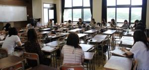 この春の卒業生たちとのゼミ風景。当時は2年生でした。