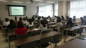 第3回現場部 宮城県警察科学捜査研究所で説明を受けています